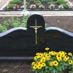 Klaip  dos paminklai  kapas dengtas plok  t  mis foto 150x150 - Trijų dalių paminklai