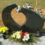 PAMINKLAI PASVALYJE  granito plok    i   dengimas Pasvalyje foto 150x150 - Dviejų dalių paminklai