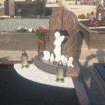 Paminklai Joni  kyje  Pig  s paminklai  Kap   prie    ra foto 150x150 - Trijų dalių paminklai