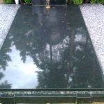 Paminklai kapams  paminklai   iauliuose  plok  t  mis dengti kapai  pig  s paminklai visoje Lietuvoje  3 foto 150x150 - Plokštėmis dengti kapai