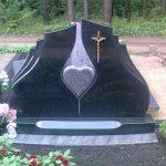 Paminklai kapams  paminklai   iauliuose  plok  t  mis dengti kapai  pig  s paminklai visoje Lietuvoje  4 foto 150x150 - Trijų dalių paminklai
