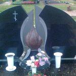 Paminklai kapams  paminklai   iauliuose  plok  t  mis dengti kapai  pig  s paminklai visoje Lietuvoje  paig  s paminklai  6 foto 150x150 - Trijų dalių paminklai