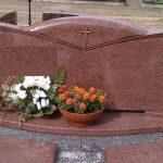 iauli   rajonas paminkl   gamyba  Plok    i   dengimai granito plok  te foto 150x150 - Trijų dalių paminklai