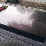 plokstemis dengti kapai paminklai 13 foto 150x150 - Plokštėmis dengti kapai