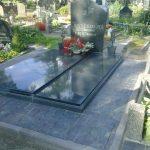 plokstemis dengti kapai paminklai 27 foto 150x150 - Plokštėmis dengti kapai