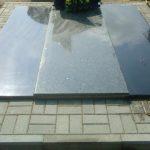plokstemis dengti kapai paminklai 30 foto 150x150 - Plokštėmis dengti kapai