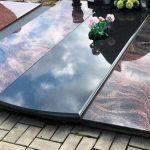 Paminklai Kapu tvarkymas Siauliuose Uzventis Kelme 150x150 - Plokštėmis dengti kapai