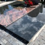 Paminklai Kapu tvarkymas Siauliuose Uzventis Radviliskis 150x150 - Plokštėmis dengti kapai