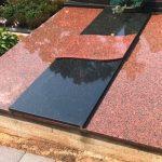 Granito plokštės Vilniuje 150x150 - Plokštėmis dengti kapai
