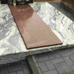 Kapu tvarkymas granito plokstes Kursenuose 150x150 - Plokštėmis dengti kapai