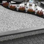 Dalinai granito plokste dengtas kapas 150x150 - Plokštėmis dengti kapai