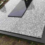 Granito plokstemis dengti kapai Taurageje Kapu dengimas Taurageje 150x150 - Plokštėmis dengti kapai