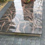 Kapu prieziura Kelmeje Paminklai Kelmeje Granito plokstes Kelmeje 150x150 - Plokštėmis dengti kapai