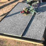Kapu tvarkymas Radviliskyje Paminklai Radviliskyje Paminklai pigiau Lietuvoje 150x150 - Plokštėmis dengti kapai