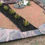 Kapu tvarkymas Taurageje paminklai Klaipedoje kapas dalinai dengtas granito plokste 150x150 - Plokštėmis dengti kapai