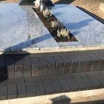 Kapu tvarkymas paminklai Wiscont white Juodas drezdeno klinkeris 150x150 - Plokštėmis dengti kapai
