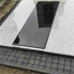 Paminklai Raseiniuose Kapu tvarkymas granito plokste 3D 150x150 - Plokštėmis dengti kapai