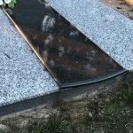Akmenes Paminklai Kapu tvarkymas Akmeneje Granito plokstes Akmeneje 150x150 - Plokštėmis dengti kapai
