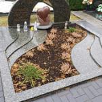 Paminklai Joniskyje Joniskio paminklai kapu tvarkymas granito plokstes 1 150x150 - Trijų dalių paminklai