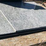 Paminklai akmeneje Kapu tvarkymas Akmeneje Granito plokstes Akmeneje 150x150 - Plokštėmis dengti kapai